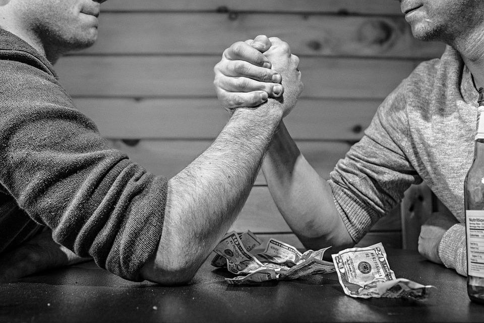 arm-wrestling-567950_960_720
