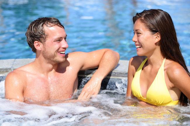 hot-tub-couple-scaled