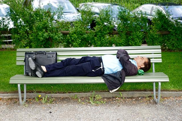 park-bench-771653_640