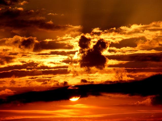 sunset-476593_640