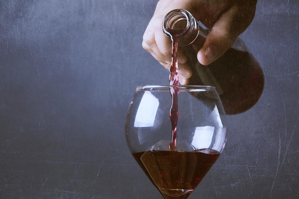 wine-792877_960_720